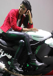 girl with hyosung